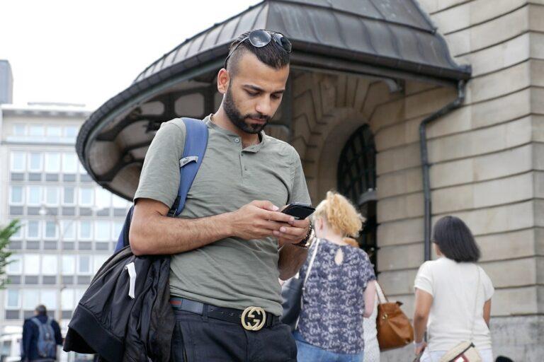 Technologie für Migrant*innen